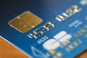Carte Bancaire Age.Sequestre Dans Une Cave Pour Sa Carte Bancaire
